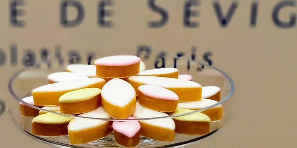 During the summer, the Marquise prefers confectionaries